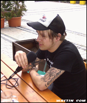Donots Interview 2004